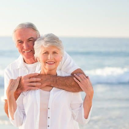 seniorcoupleon-the-beach-circle-circle